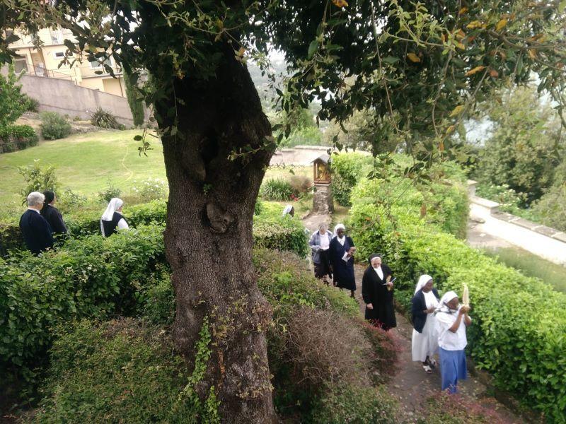 Fatima-procession-3-2