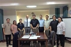 Les membres du Tribunal diocésain se sont réunis à Clarin, Bohol, Philippines, pendant la séance d'ouverture.